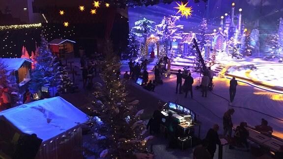 Die Bühne für das Adventsfest der 100.000 Lichter in Suhl.
