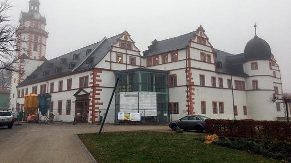 Schloss mit Baustelle