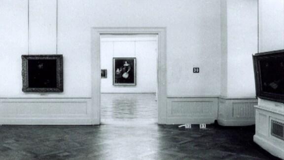 Blick ins Museum Schloss Friedenstein in Gotha nach dem Kunstraub von 1979