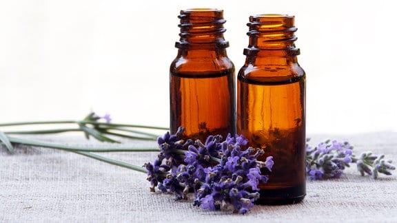 Lavendel Aromaöl in Glasflaschen