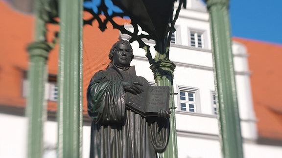 Martin-Luther-Statue in der Lutherstadt Wittenberg