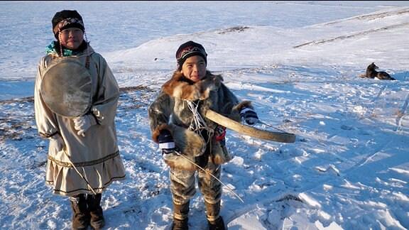 """MDR Fernsehen KINDER DER TUNDRA, """"Überleben im Eis"""", am Sonntag (29.12.13) um 09:30 Uhr. Kinder der Tundra."""