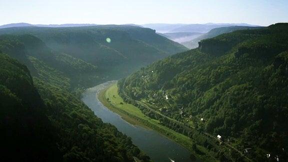 Das Elbtal südlich von Pirna.