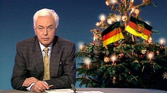Tagesthemensprecher Hajo Friedrichs ruft im Dezember 1989 die Bundesbürger auf, zu Weihnachten Ostdeutsche zu sich nach Hause einzuladen.