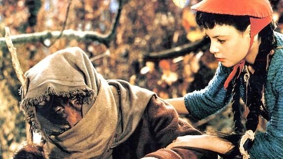 Rotkäppchen (Blanche Kommerell) und der Wolf (Werner Dissel)