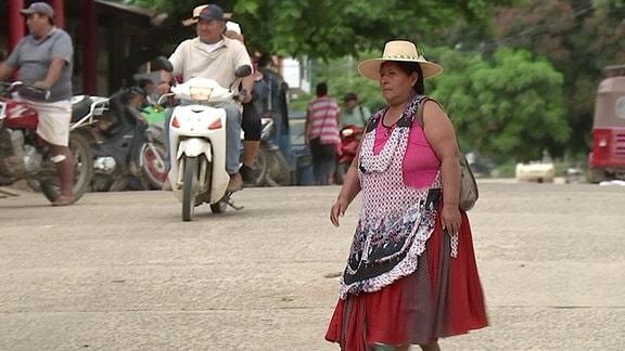 Screenshot aus Traumtouren durch Bolivien - Biwak nonstop