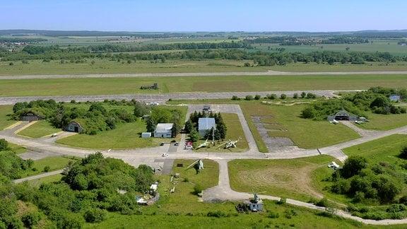 Flugplatz Großenhain - der älteste Militärflugplatz Sachsens. Bis 1993  war das Gebiet militärische Sperrzone.