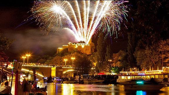 Feuerwerk beim Laternenfest in Halle