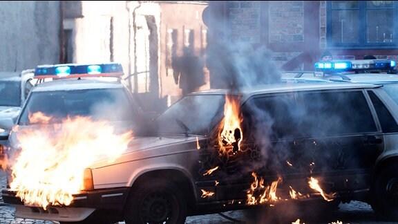 Die Detonation einer Autobombe stürzt Ystad ins Chaos