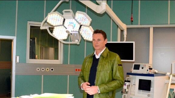 Axel Bulthaupt hinter den Kulissen.