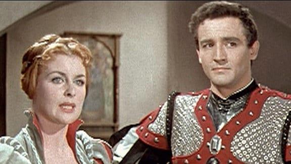 Der italienische Söldnerhauptmann Giovanni de Medici (Vittorio Gassmann) verliebt sich in Emma (Constance Smith), die nicht weiß, wer er wirklich ist