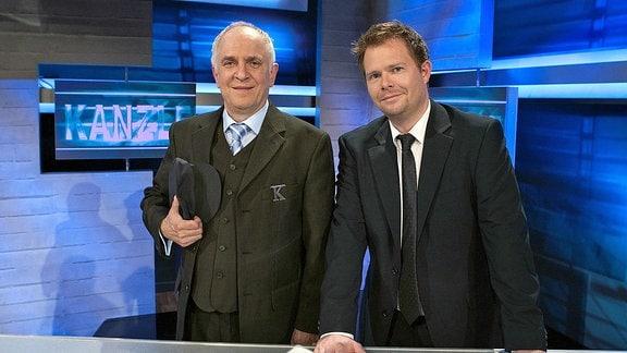Lothar Bölck und Michael Frowin aus der MDR-Politsatire Kanzleramt Pforte D