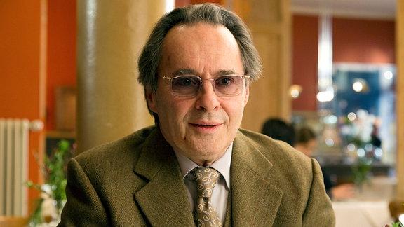 Konrad Keller (Uwe Kockisch)