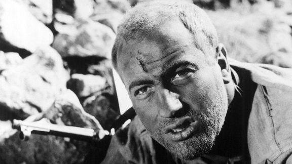 "Manfred Krug in der Rolle des Oleg im Film ""Fünf Patronenhülsen""."