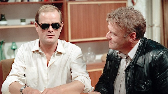 Gernot Siebenkorn (Dieter Mann, li.), Erwin Kampe (Dietrich Kurner).