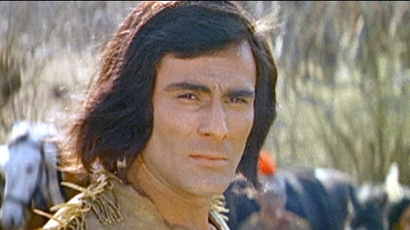 Der legendäre Indianerführer Tecumseh gespielt von Gojko Mitic kämpft um eine Allianz der verfeindeten Indianerstämme zwischen Ohio und Mississippi.