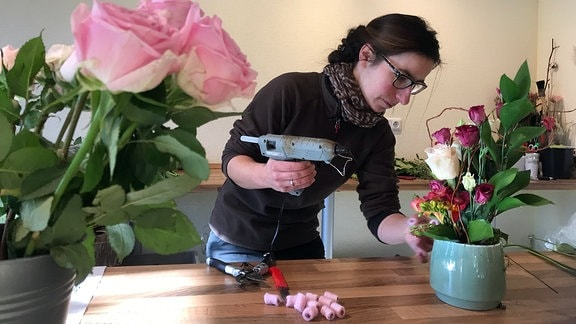 """Mit der """"Blumenscheune"""" von Alach hat sich Manuela Kolodzy einen beruflichen Traum erfüllt. Ihre Kunden kommen nicht nur aus der dörflichen Umgegend sondern auch aus der nahen Stadt Erfurt"""