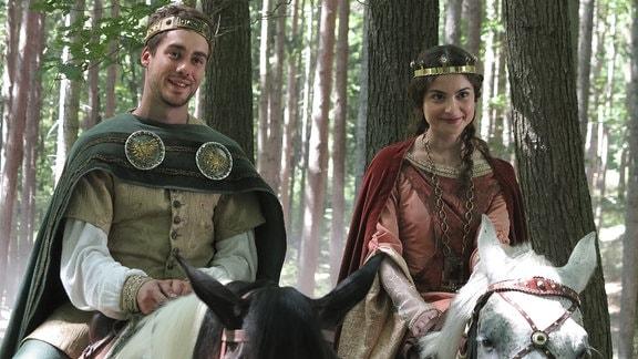 Patrik Dergel als Kronprinz Jan und Eva Josefíková als Prinzessin Viktoria