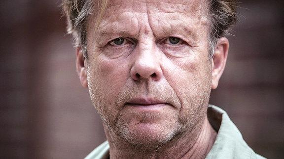 Kommissar Wallander (Krister Henriksson) ist in einen heiklen Fall verwickelt worden.