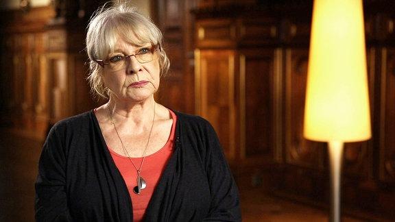 Die 78jährige Schauspielerin Annekathrin Bürger spricht mit uns über ihre Rollen in zahlreichen DEFA-Filmen.
