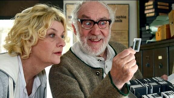 Eva (Saskia Vester) und Emmerich (Dieter Hallervorden)