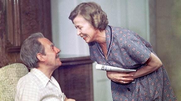 Paul Schmidt (Herbert Köfer) und Anna Schmidt (Helga Göring)