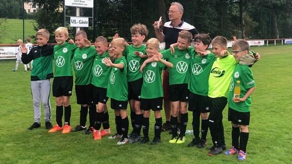 Saisonstart für die Knirpse der E-Jugend vom VfL Reumtengrün gegen Auerbach – es war das erste Spiel nach langer Pause.