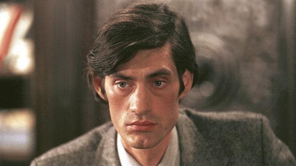 Kriminalpolizei-Hauptmann Herbert Lohm gespielt von Winfried Glatzeder.