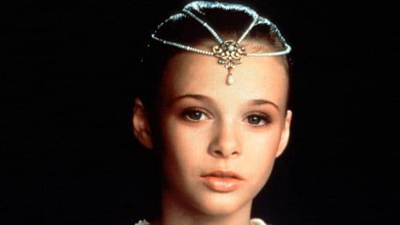 Die Kindliche Kaiserin (Tami Stronach) ist schwer krank.