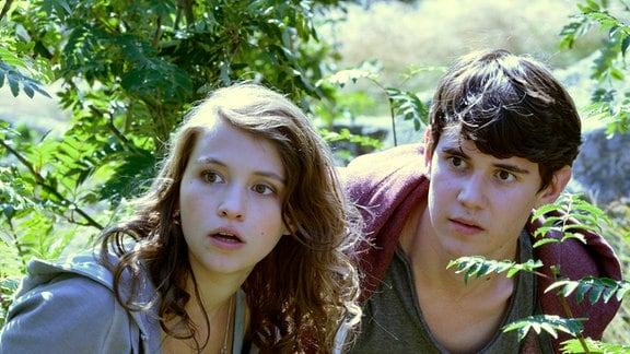 Leo (Janina Fautz) und Ben (Timon Wloka)