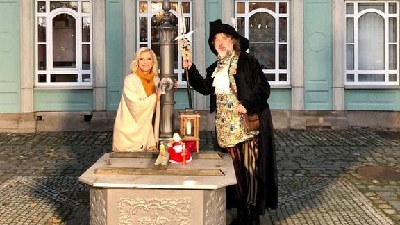 Moderatorin Uta Bresan und Roland Spielmann, der Stadtführer von Sonneberg