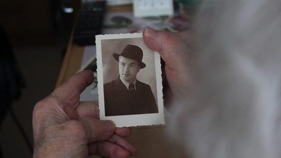 Ein ungewöhnlicher Mann. Iwan Luzenko sprach perfekt deutsch, war stets elegant gekleidet, nannte sich Hans.