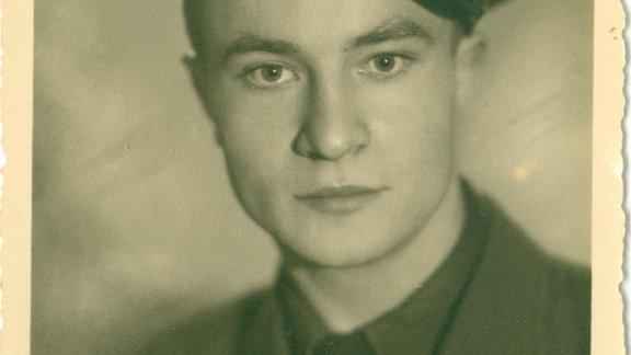 Wenige Monate nach Christines Geburt wird Iwan abkommandiert. Seit 1947 kein Lebenszeichen.