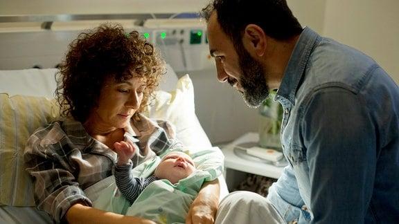 Harry Möller ist froh, das Can bei der Geburt ihres gemeinsamen Baby dabei war.