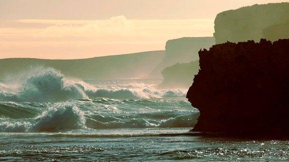 Die Südküste Australiens grenzt ans Südpolarmeer.