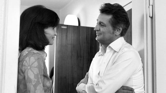 Dr. Vera Schmitt (Angelica Domröse) und Dr. Stefan Bunge (Horst Drinda)