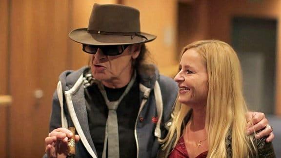 Udo Lindenberg trifft die Sängerin Ina Morgan mit der er früher gemeinsam auf der Bühne stand.