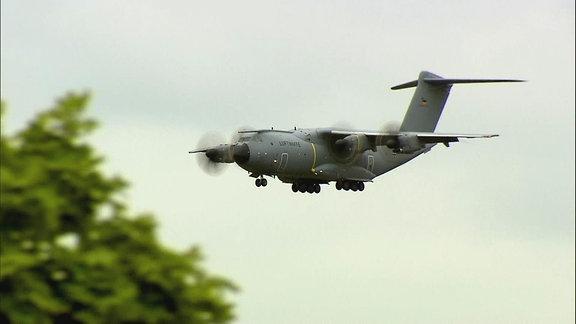 Ein Flugzeug der Luftwaffe.
