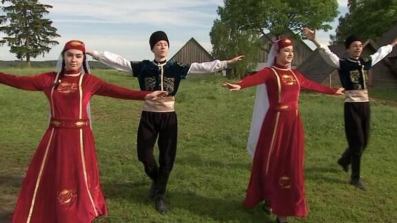 Tatarische Volkstanzgruppe