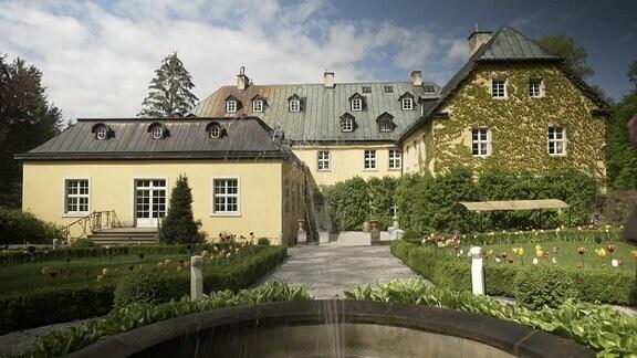 Schloss Stonsdorf im polnischen Hirschberger Tal.