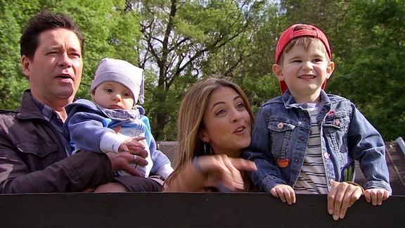 Ein Familienausflug im Zoo