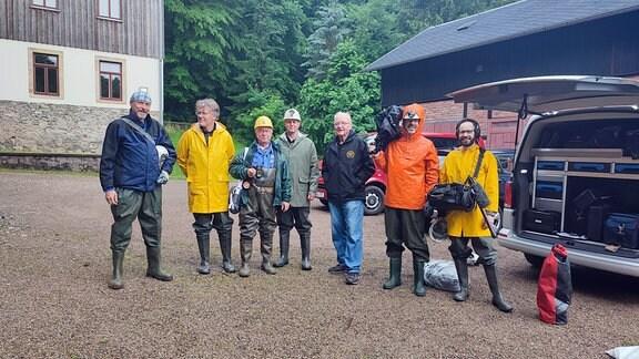 Das Kamerateam und das Bergbauteam