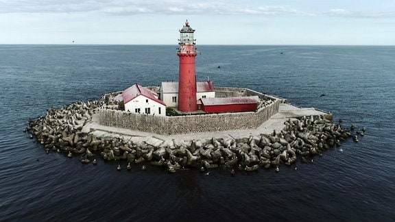 Insel mit Leuchtturm
