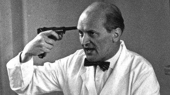 Der DDR-Gerichtsmediziner Otto Prokop.