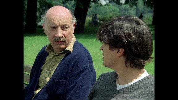 Paul Kaulmann (Wolfgang Greese) und Justus Klann (Henry Hübchen)
