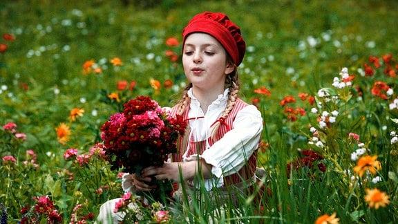 Amona Aßmann als Rotkäppchen