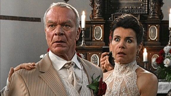 Werner Saalfeld (Dirk Galuba) und Barbara von Heidenberg (Nicola Tiggeler)