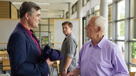 Dirk Schoedon als Udo von Wackerstein, Karsten Kühn als Jakob Heilmann und Rolf Becker als Otto Stein