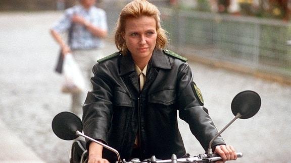 Katharina Böhm als Dorfpolizistin Lena Stern