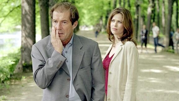 Michael Lesch als Erik Stern und Ursula Buschhorn als Katja Stern